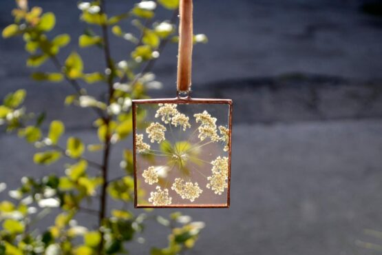 Cow parsley rectangle frame