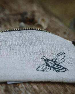 bee coin purse main