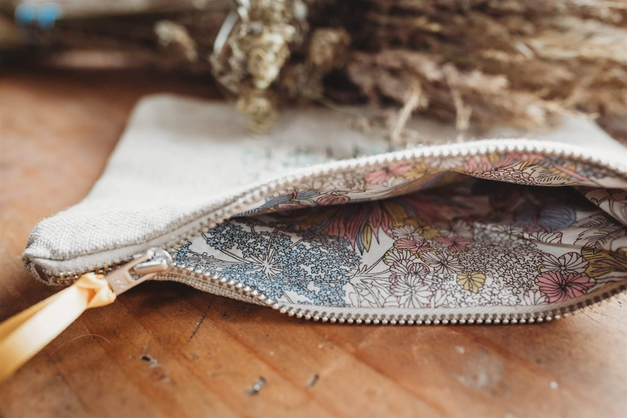 meadow bee pouch lining