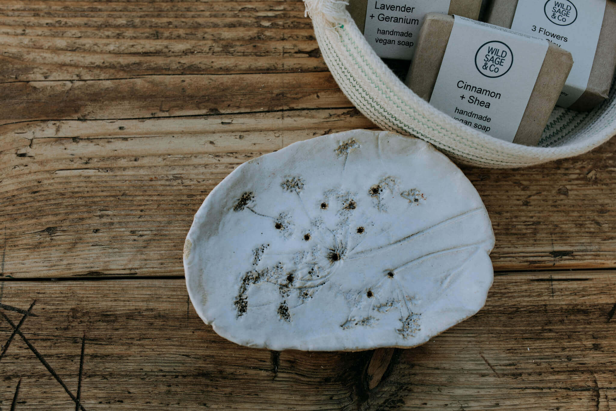 botanical print soap dish without soap