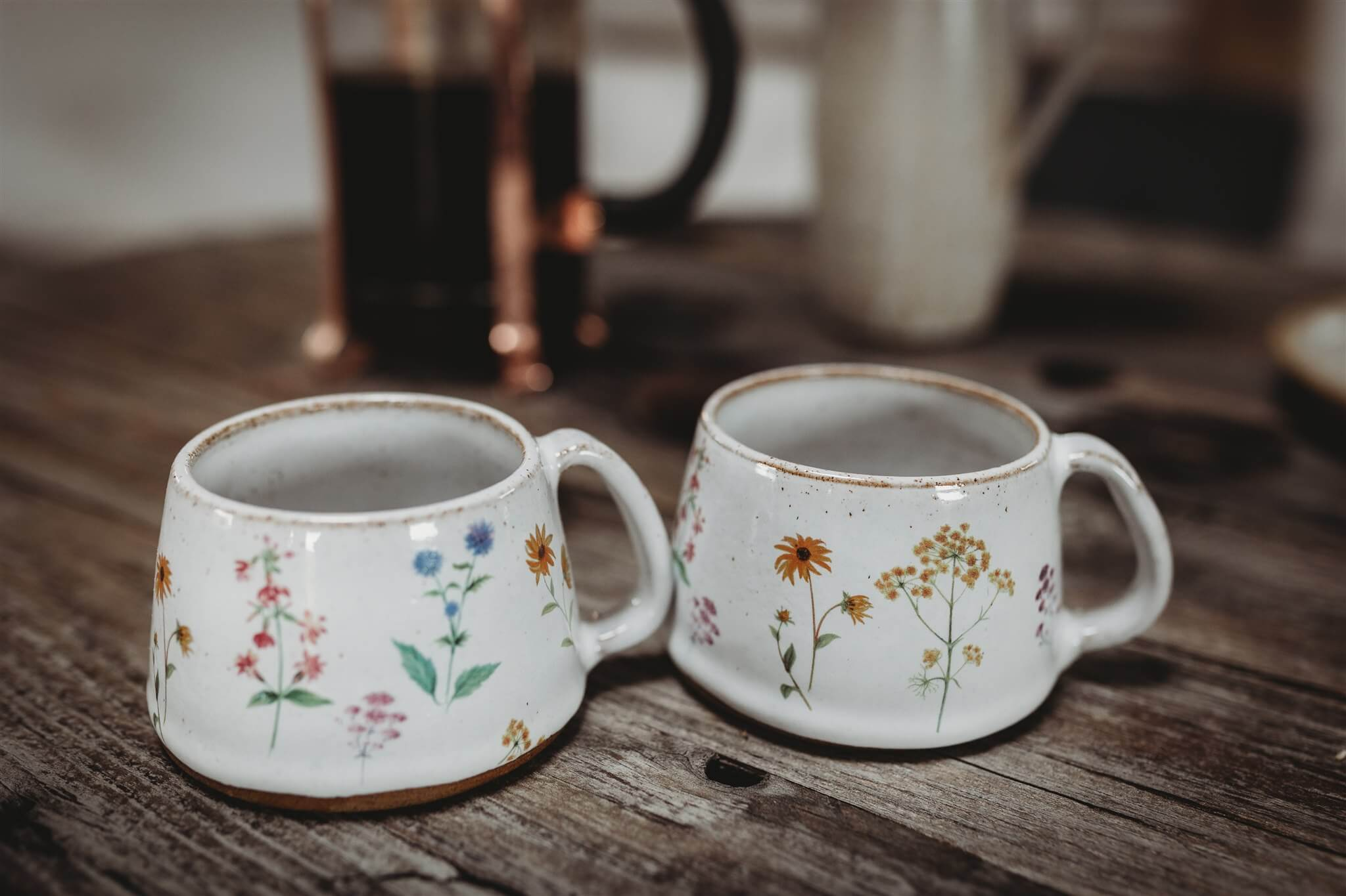 small wildflower coffee cups detail
